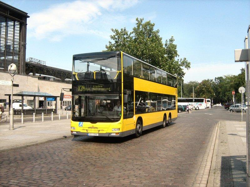 bus der linie x34 nach kladow am bhf zoo berlin juli 2009 nahverkehr. Black Bedroom Furniture Sets. Home Design Ideas