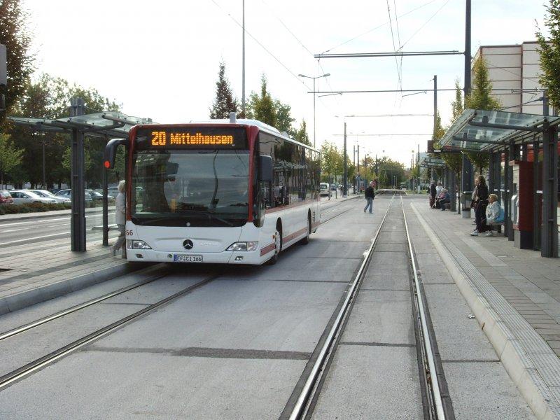 bus der linie 20 nach mittelhausen im rieth erfurt oktober 2009 nahverkehr deutschland. Black Bedroom Furniture Sets. Home Design Ideas
