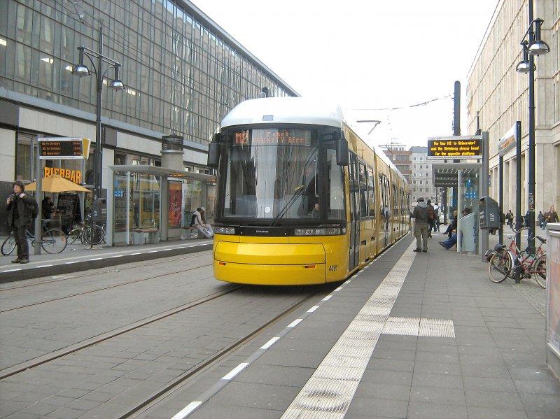 neue strassenbahn f r berlin flexity zr fahrzeug kurz endstelle m 2 am alexanderplatz. Black Bedroom Furniture Sets. Home Design Ideas
