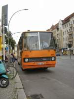 IKARUS-Bus in der Müllerstrasse, Sept. 2008