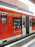 S-Bahn ERSATZVERKEHR/27031/s-bahnzug-stuttgart-mit-1-klasse-im S-bahnzug Stuttgart mit 1. Klasse im Bhf Berlin-Gesundbrunnen zur Fahrt als S21 nach Südkreuz, Juli 2009
