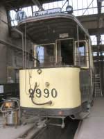 Strasenbahn/11004/tw-2990-in-niederschoenhausen-2005 Tw 2990 in Niederschönhausen, 2005
