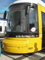 Strasenbahn/11691/neue-kopfform-flexity---wagen-9001 Neue Kopfform Flexity - Wagen 9001 für Berlin, 2008