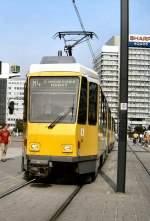 Strasenbahn/4707/tatra-kt4d-auf-dem-alexanderplatz-2006 Tatra KT4D auf dem Alexanderplatz, 2006