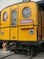 U-Bahn/10480/hist-u-bahnwagen-26-in-der-werkstatt Hist. U-Bahnwagen 26 in der Werkstatt Seestrasse (Tag der offenen Tür)