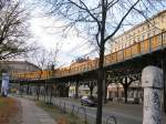 U-Bahn/66404/hochbahnstrecke-zur-warschauer-bruecke-berlin-2005 Hochbahnstrecke zur Warschauer Brücke, Berlin 2005