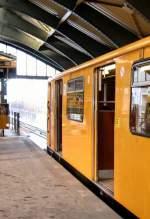 U-Bahn/6867/zug-der-u2 Zug der U2