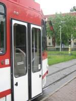 Strasenbahn/20443/vordere-tuer-mod-tatra-zug-cottbus-662009 Vordere Tür mod. Tatra-Zug, Cottbus 6.6.2009