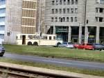 Bus/5045/dresden-2005-zufaellig-kam-ein-hist Dresden 2005, Zufällig kam ein hist. Bus des Weges